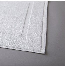 10 x STANDARD WHITE BATH MAT 650GSM PLAIN BORDER